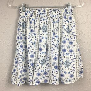 Old Navy Blue & White Floral Print Mini Skirt S